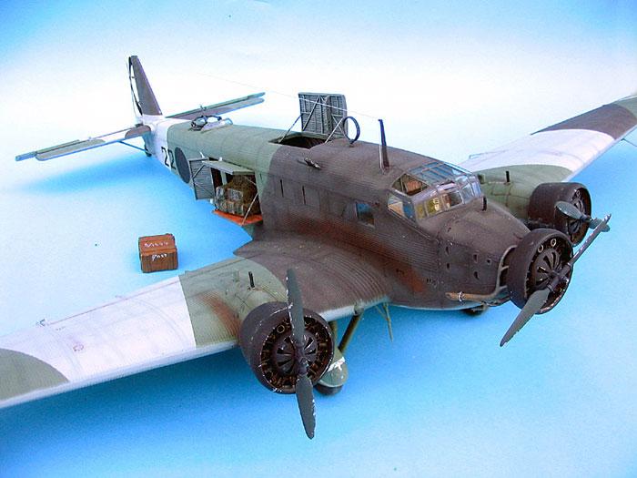 Junkers Ju 52/3m - YouTube